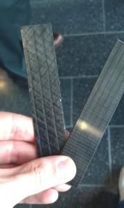 Deux tiges de fibre de carbone