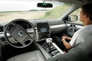 """""""Chauffeur, si t'es champion..."""" Le VW Touareg du DARPA Grand Challenge"""