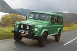 Ceci est une voiture verte.