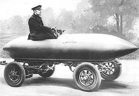 """Futuriste, la voiture électrique ? Ah bon ! (la """"Jamais-Contente"""" de C. Jenatzy, 1899)"""