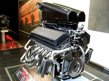 Le moteur de la McLaren F1 (photo CC flickr/sweens308)