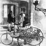 """Bertha Benz faisant le """"plein"""" d'éther dans une pharmacie"""