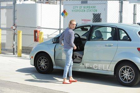 Comment rendre l'hydrogène sexy ? En recrutant l'actrice Diane Kruger pour faire la promo des Mercedes Classe B F-Cell !