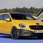 La future Mercedes A 45 AMG n'aura sans doute pas l'agilité de ses cousines en propulsion...