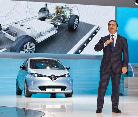 """Carlos Ghosn : """"La voiture électrique, c'est la chance de ma vie. J'y crois à mort !"""""""