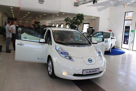Événement historique : une Nissan Leaf livrée !