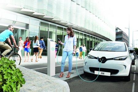La voiture électrique : une charmante utopie ? (Renault Zoé)
