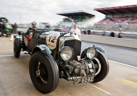 La Bentley Blower et son compresseur proéminent