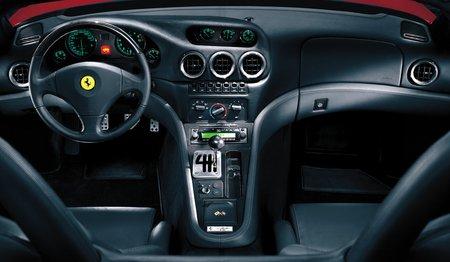 Une Ferrari à boîte manuelle : une vision du passé.