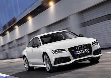 L'Audi RS 7 Sportback peut être équipée en première monte des pneus Pirelli PNCS