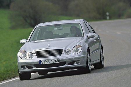 La Mercedes Classe E W211 a inauguré la boîte 7 vitesses voici déjà 10 ans !