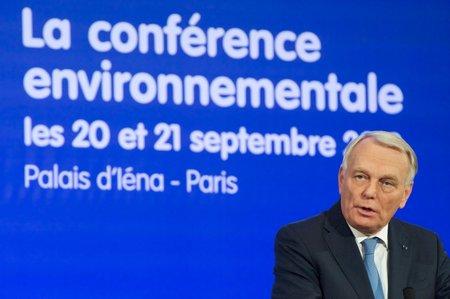 Jean-Marc Ayrault à la Conférence environnementale (photo © Benoit Granier/Matignon)
