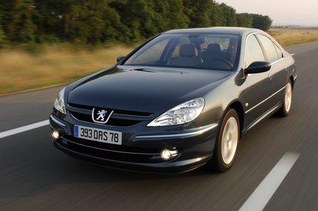 La Peugeot 607 a été la première voiture à recevoir un filtre à particules.