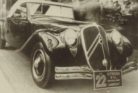 La Citroën 22, Traction à moteur V8 qui n'a jamais été commercialisée.