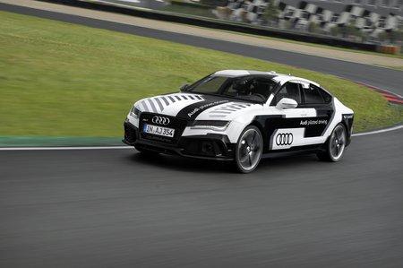 L'Audi RS 7 Piloted Driving sur le circuit de Hockenheim.