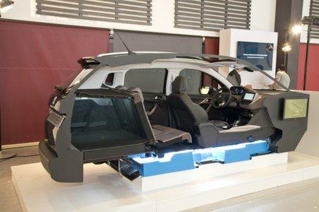 L'architecture des futures voitures électriques PSA. En bleu, l'emplacement des batteries.