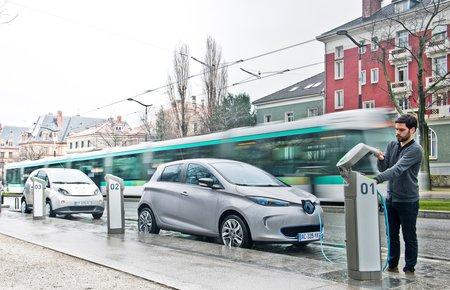 Une Renault Zoe à Paris