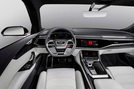 Exemple d'intégration d'Android sur le concept-car Audi Q8 sport.