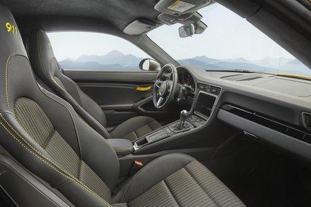 La boîte manuelle continuera d'être une rareté (ici une Porsche 911 T)