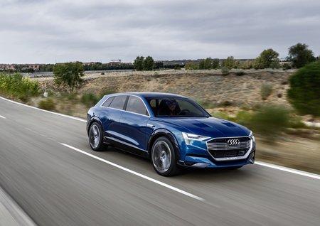 Le concept-car Audi e-tron Quattro (2015)
