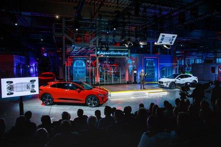 Révélation du Jaguar I-Pace de série.